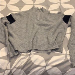 Brandy Melville sweater gray cropped